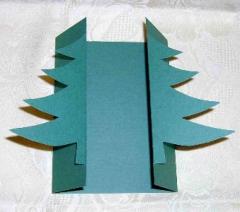 12307 Faltgrußkarte Tannenbaum grün