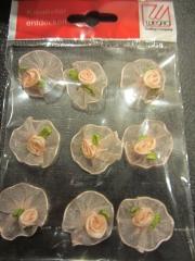 Roseorange Rosen auf Tüll